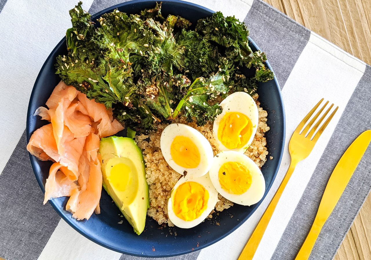 Brunch Bowl with Kale Chips and Quinoa