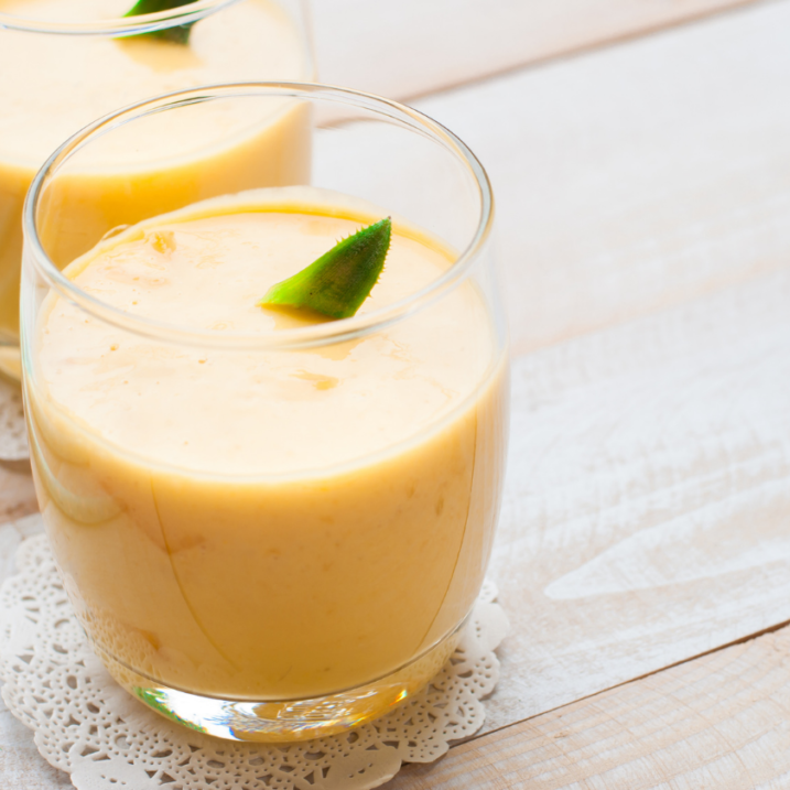 Pineapple and turmeric smoothie booster