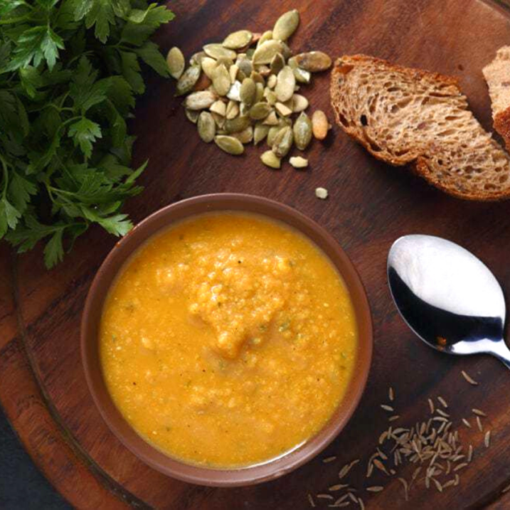 Red lentil soup with cumin and garlic